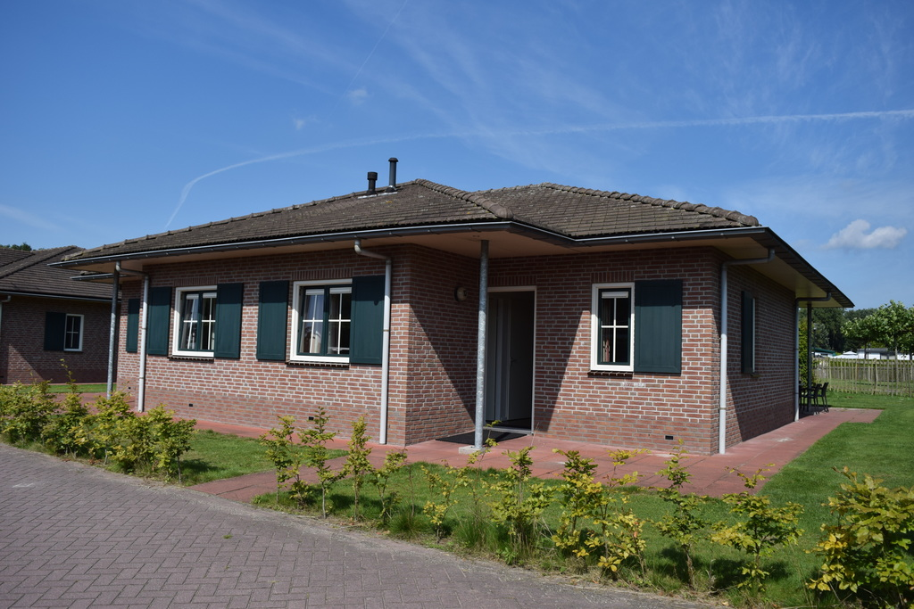 Fraaie 16-persoons groepsaccommodatie op park in Voorthuizen Veluwe