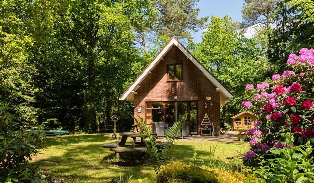 Huisje in de bossen van Emst Veluwe