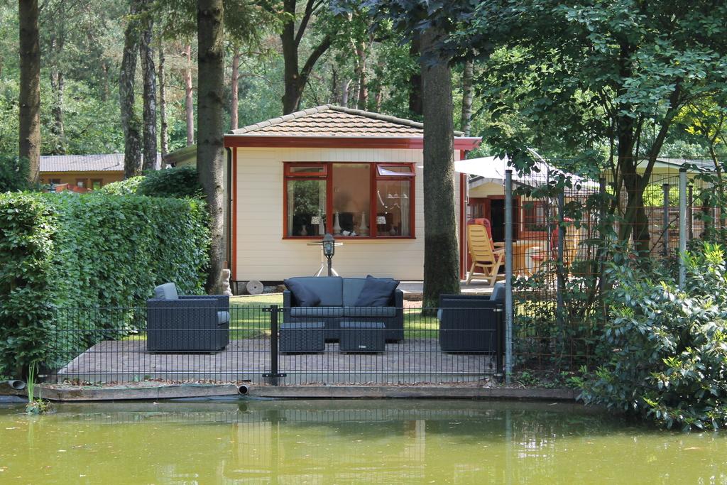chalet-aan-het-water-op-bospark-in-doornspijk_38350