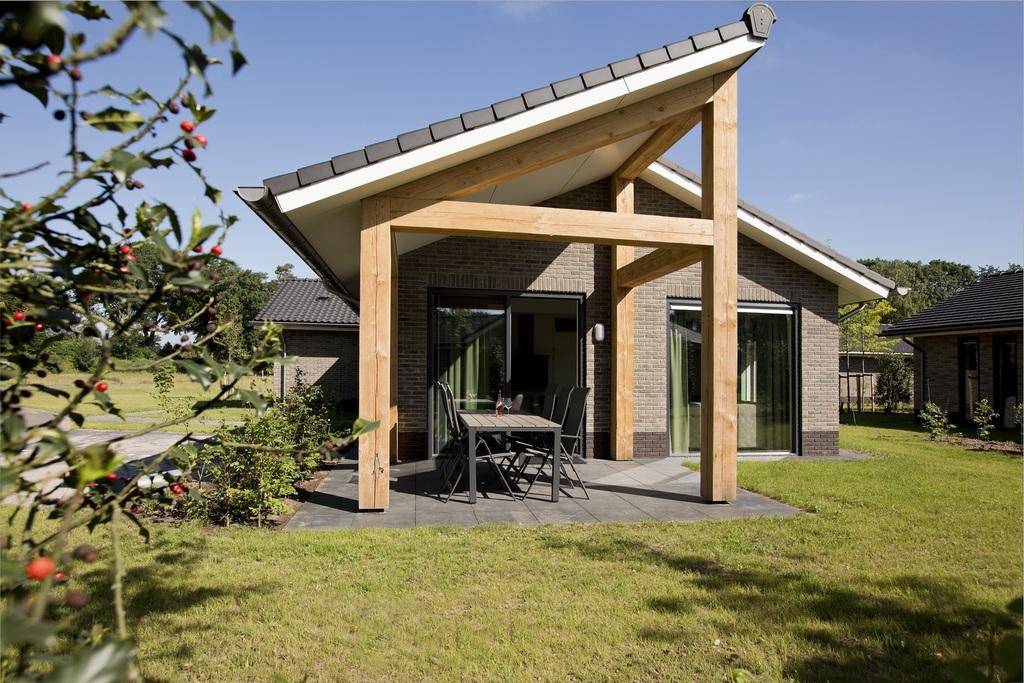 Luxe 2-persoons geschakelde villa op de Veluwe Voorthuizen