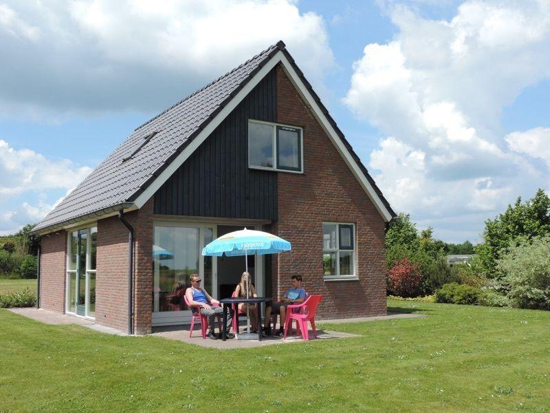 Vrijstaande bungalow voor 6 personen op park De Tien Heugten